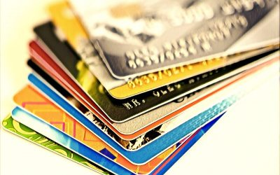 Financial Literacy: The Pros & Cons of Using a Credit Card